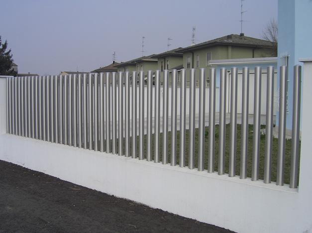 Lợi ích vượt trội của hàng rào inox không thể bỏ qua